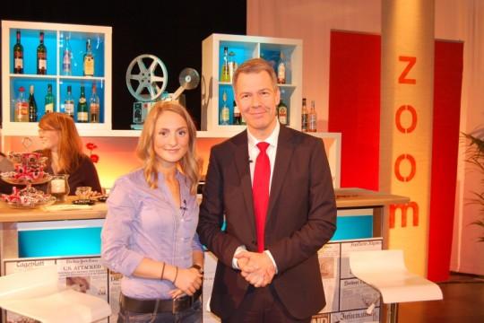 Moderatorin Nadja Bobrova und Peter Kloeppel