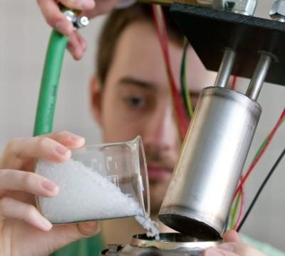 Vertiefungsfach Kunststofftechnik an der TU Illmenau