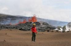 Nicole Richter vor dem Vulkan Kilauea