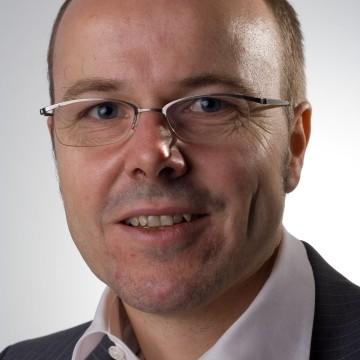Dr. Armin Falk - höchste europäische Auszeichnung für Ökonomen